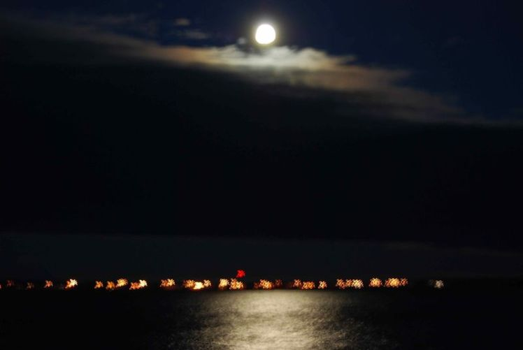 Lune sur Paulatuk