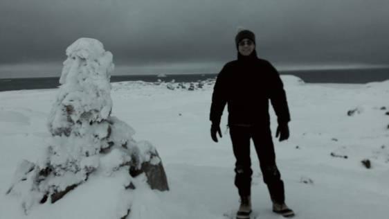 Eric en reconnaissance à Akunaaq ...